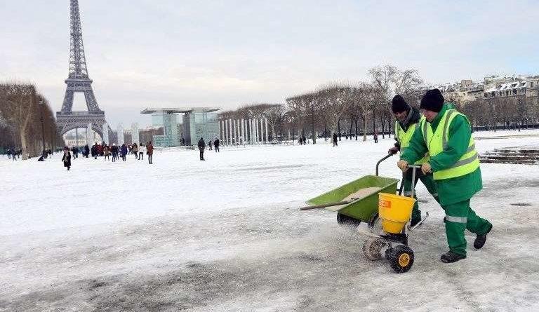 Pourquoi le sel fait-il fondre la neige